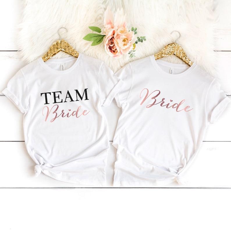 bride crew shirt vrijgezel aankleden