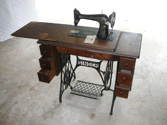 40 Singer Model 4040 Red Eye Treadle Sewing Etsy New Singer Sewing Machine 66