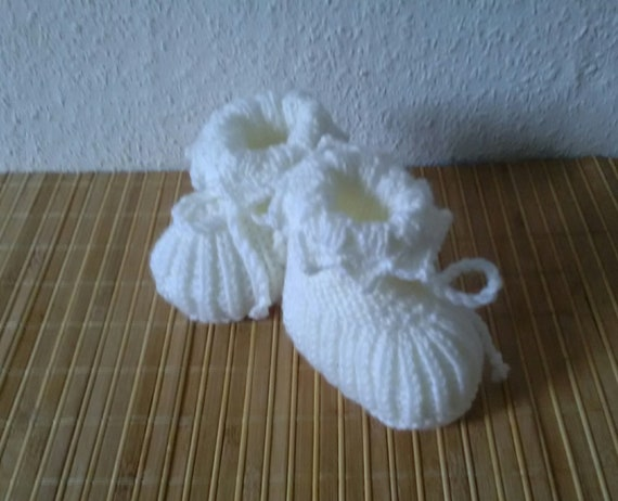 bc4efb0102c4 Baby Booties Booties Cream White Tinkabell