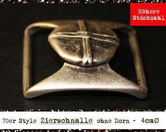Belt clasp without thorn