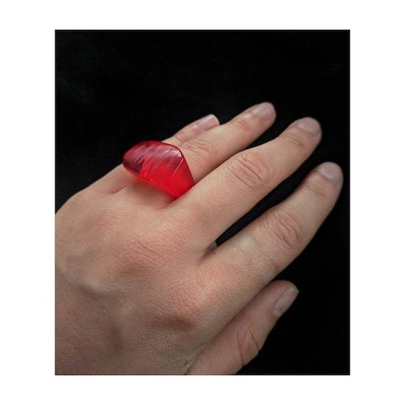 Vintage Lucite Ring