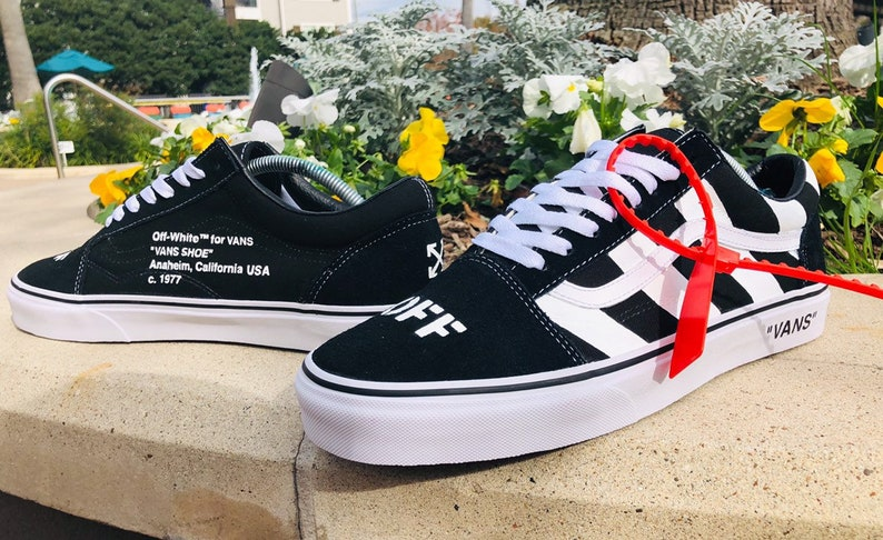 65ef939bff Custom Off-White Vans Old Skools