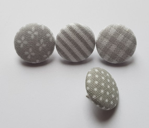4 broches pins gris mix