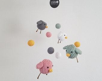 Baby Mobile PiepMatz crochet, diameter 23 cm, crochet birds, beautiful and homemade, crochet balls