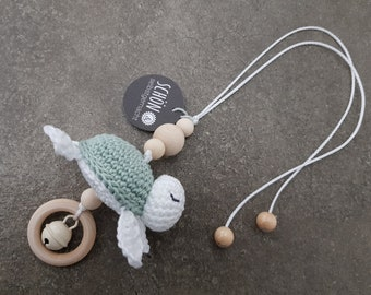Pendant Maxi Cosi crochet, crochet stroller necklace, crochet turtle, crochet beads, play bow, baby gym, beautifulhomemade, beautiful