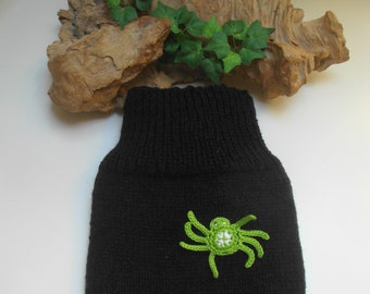 77d4ae6895d5 Sweater for heat bottles cover hand knitted in pure wool black with green  spider