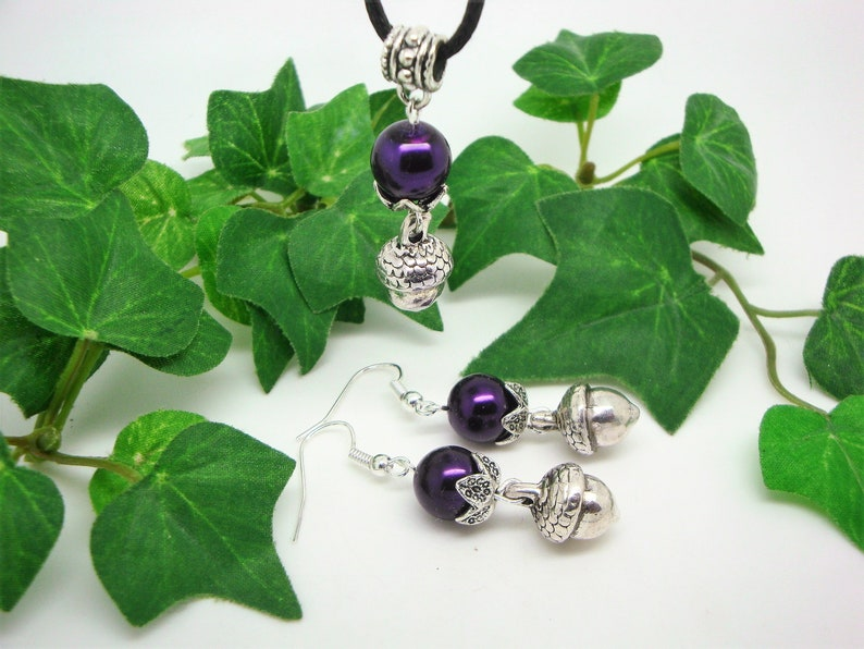 autumnal jewelry set acorns acorns earrings and pendant with ribbon