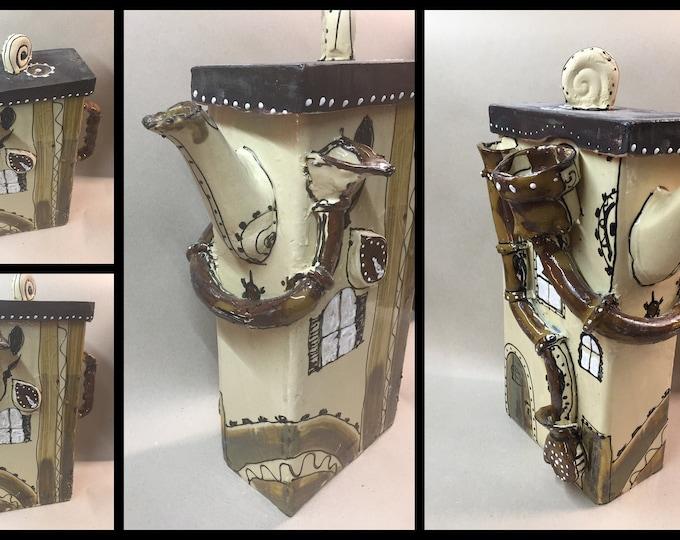 Teapot Pot Prismo with Rain Gutters Ceramic 2 Liter steampunk Gothic