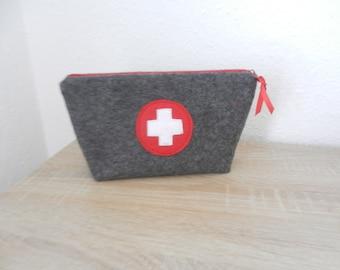 Erste Hilfe Tasche aus Wollfilz