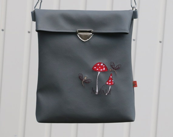 Shoulder bag-shoulder bag-faux leather handbag-one-of-a-kind embroidered with embroidery-embroidered bag for stapler in A4