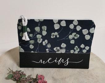 Cosmetic bag / Medicine bags / Make-up bag / Toiletry bag / Pencil case / Knick-knacks / Cat