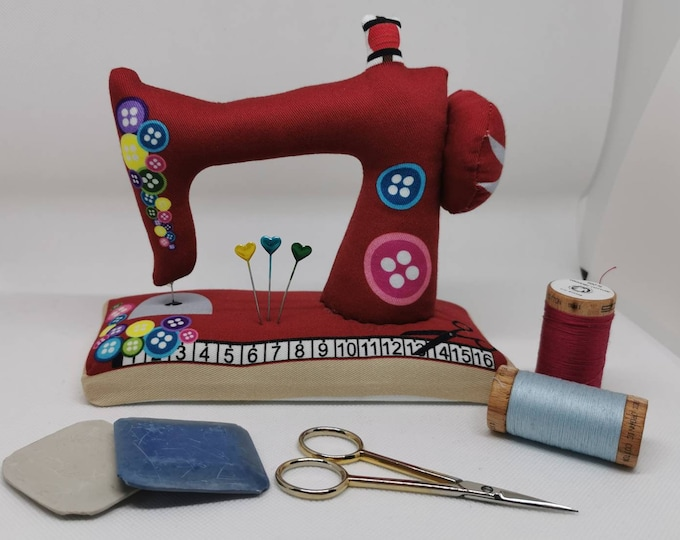 Wine red large sewn pin cushion with wooden floor in the shape of a sewing machine / pin / needles / sewing / decoration / sewing machine / sewing room