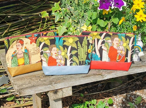 Cosmetic bag / Medicine bags / Make-up bag / Toiletbag / Pencil case / Krimskrams / Travel / Beach / Alexander Henry / Frida Kahlo