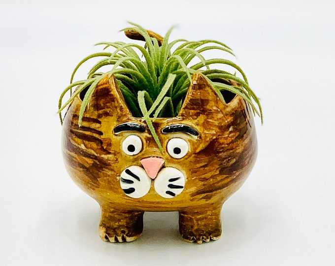 Amber Cat in White Clay Ceramic or Pottery Vase or Pencil Holder
