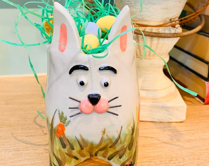 White Painted Clay Bunny Ceramic or Pottery Animal Bowl for Succulents, Flowers, Change, Pencils or Brushes.