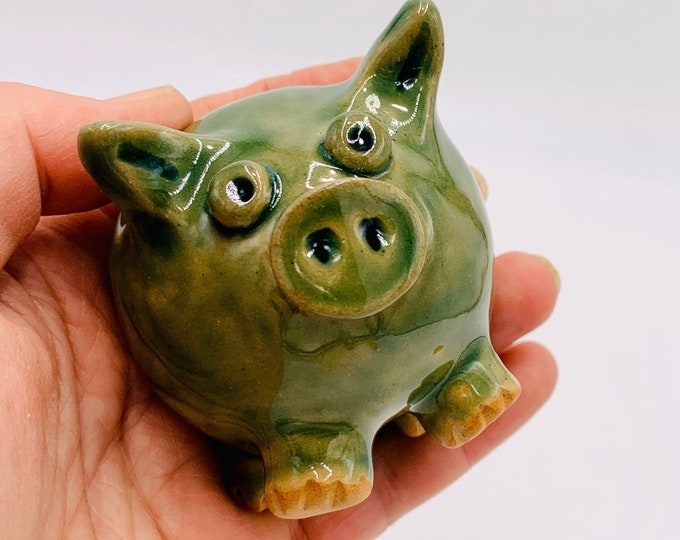 Small Jade Pig Ceramic or Pottery Sculpture