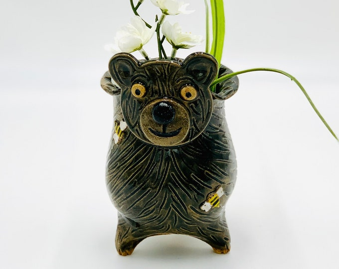 Bear Vase of Ceramic or Pottery for Flowers or Succulents made of Speckle Clay