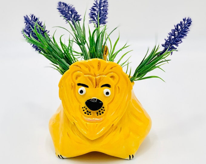 Lion Bowl for Succulents or Pen Holder in Yellow Glaze and White Clay