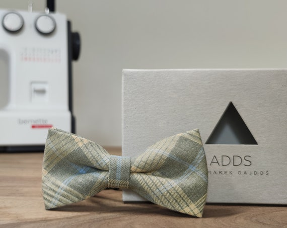 Men's Bow Tie / Grey Plaid Bow Tie / Accessory / Gift Idea / Gift for Him / Bow / Handmade Bow Tie / From Germany