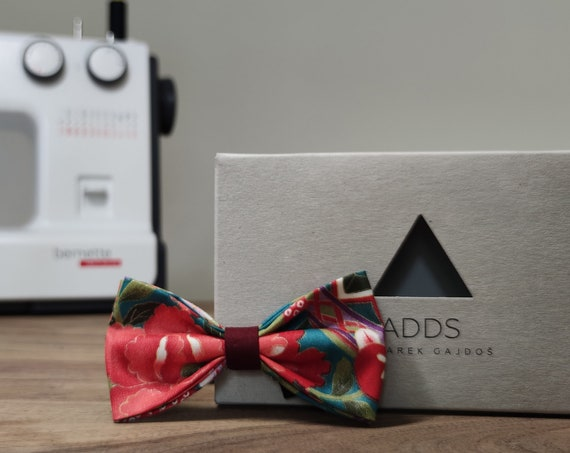 Men's bow tie / bow tie with flowers / accessory / cotton / gift idea / gift for him / bow / handmade bow tie