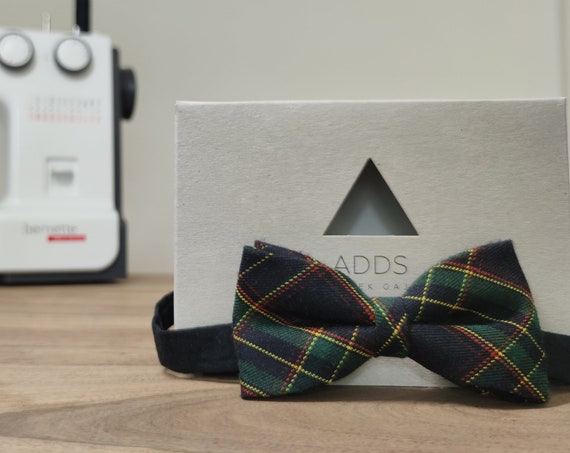 Men's Bow Tie / Blue Plaid Bow Tie / Accessory / Gift Idea / Gift for Him / Bow / Handmade Bow Tie / From Germany