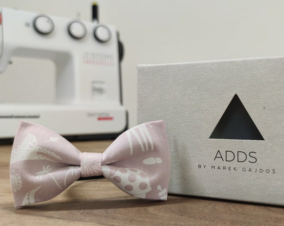 Men's bow tie / bow tie with animals / accessory / cotton / gift idea / gift for him / bow / handmade bow tie