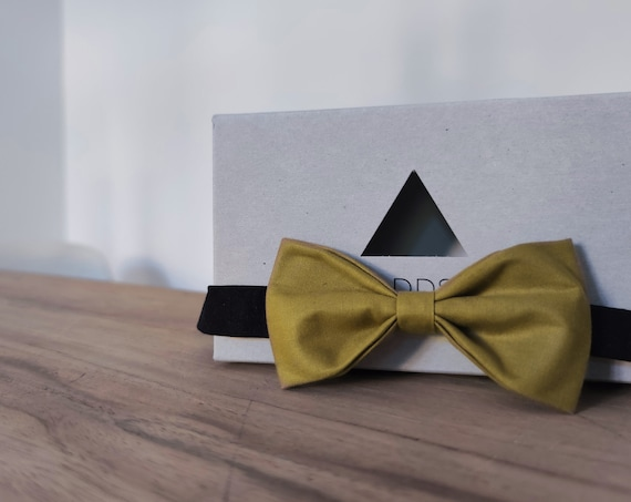 Bow tie / accessory / men's bow tie / cotton / brown bow tie / gift idea / gschenk for iehm / green bow
