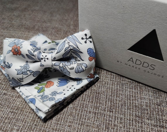 Set bow tie and pocket cloth bow tie and handkerchief, white with flowers