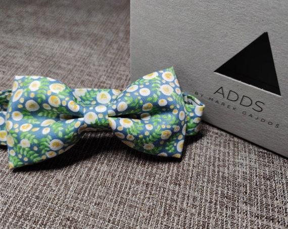 Bow / Floral Bow Tie / Accessory / Gift Idea / Gift for Him / Bow / Handmade Bow Tie / From Germany