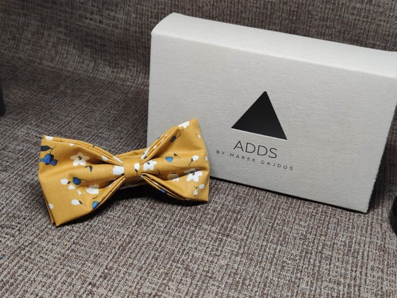 Fly, bow tie - orange with flowers