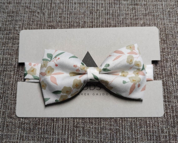 Fly, bow tie - White with flowers