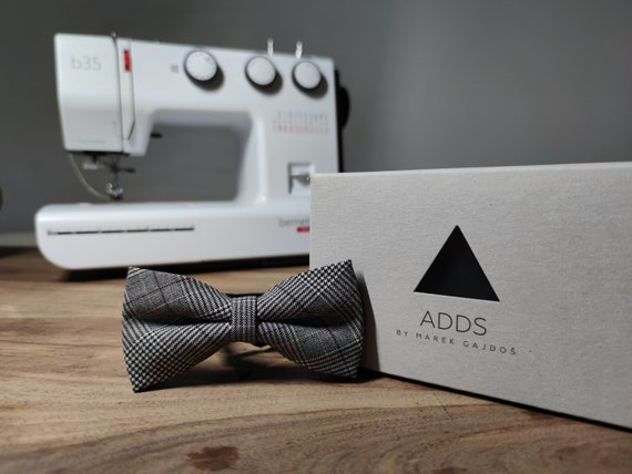 Men's Bow Tie / Blue Bow Tie / Accessory / Gift Idea / Gift for Him / Bow / Handmade Bow Tie / From Germany
