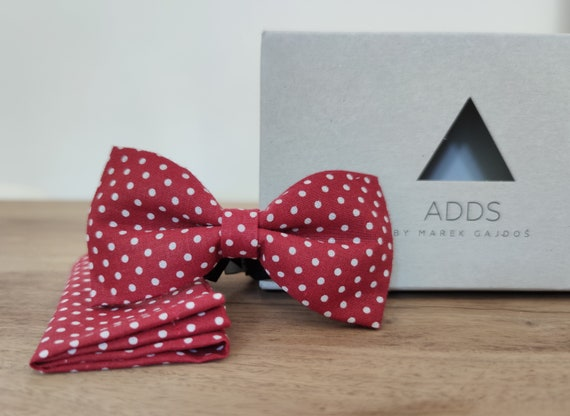 Men's Bow Tie / Red Bow Tie /Accessory / Cotton / Gift Idea / Gift for Him / Bow / Handmade Bow Tie