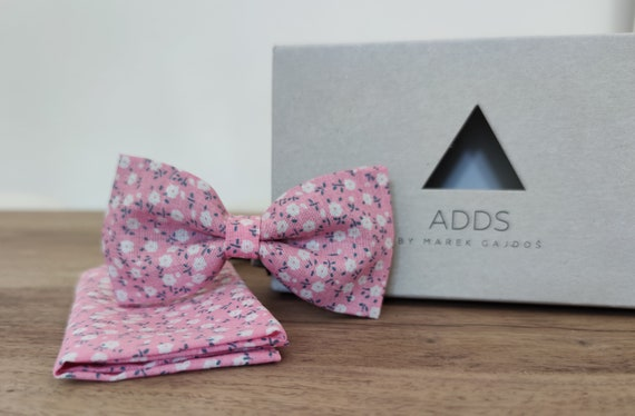 Men's bow tie / pink bow tie / bow with flowers /accessory / cotton / gift idea / gift for him / bow / handmade bow tie