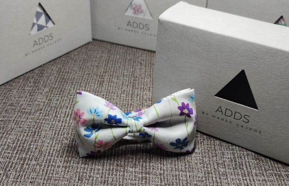Bow / Accessory / Gift Idea / Gift for Him / Bow / Handmade Bow / From Germany