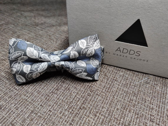 Bow / Accessory / Gift Idea / Gift for Him / Bow / Handmade Bow / From Germany / Leaves