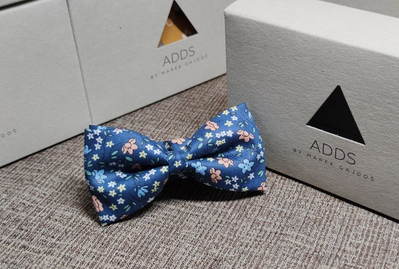 Fly, bow tie - blue with flowers