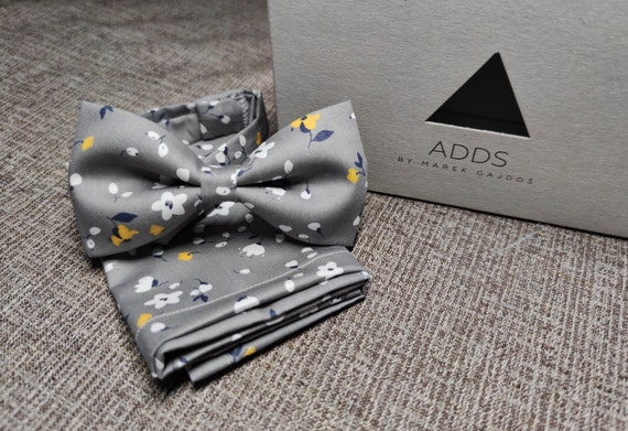 Set bow tie and pocket cloth bow tie and handkerchief, grey with flowers