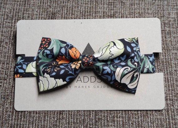 Fly, bow tie - Dark with Golden Flowers