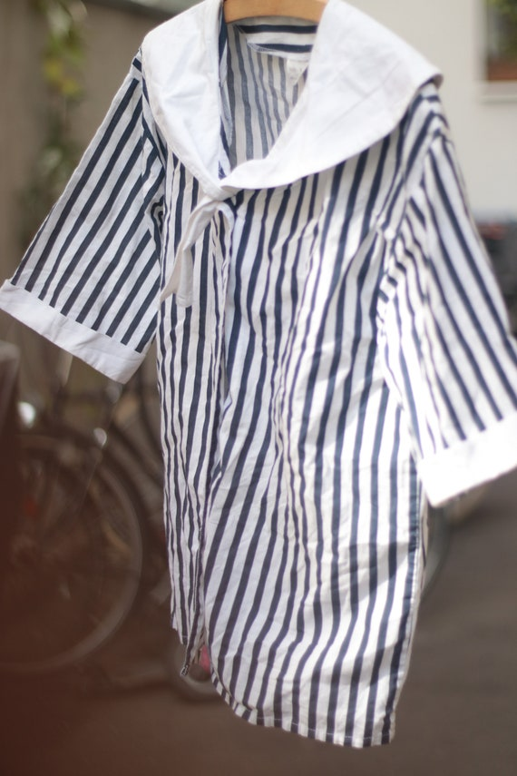 VIntage Striped Cotton Blouse with Statement Coll… - image 2