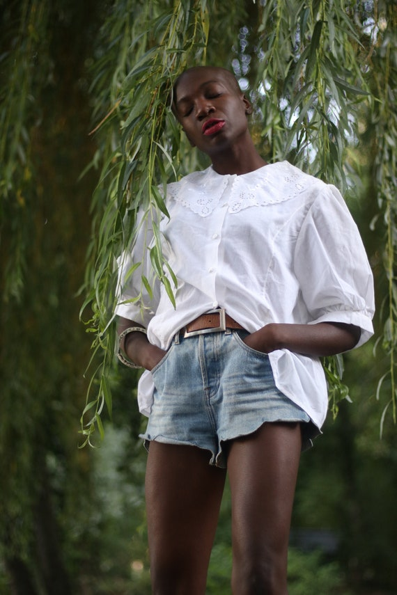 Vintage White Cotton Blouse with Statement Collar