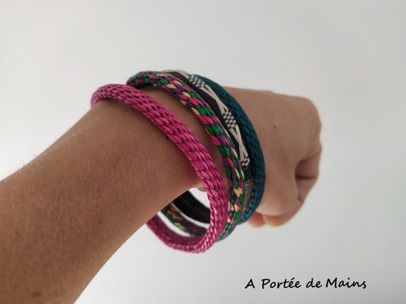 4 African bracelets woven colorful raffia and plas