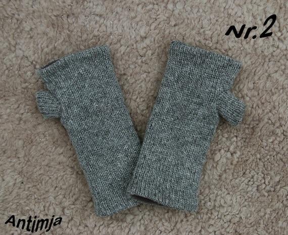 Stulpen Armstulpen gestrickt aus Schurwolle Winterstulpen Handschuhe bestickt