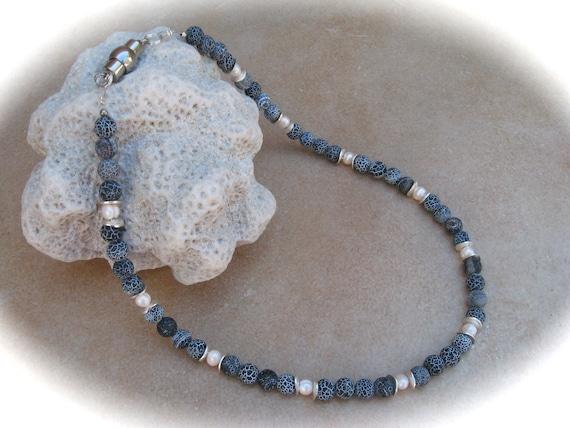a mano negro con ramo-magnetverschluß Vidrio collar de perlas