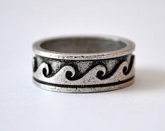 Ring Waves Ocean, Sea Antique Silver