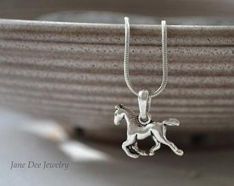 Chain small horse