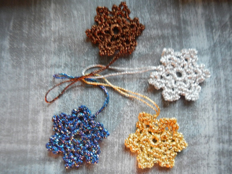 Glitter yarn in 4 different colours 2x25g