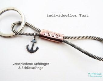 Monogramm Schlüsselanhänger aus Edelstahl / gestempelter Text / Geschenke für Männer