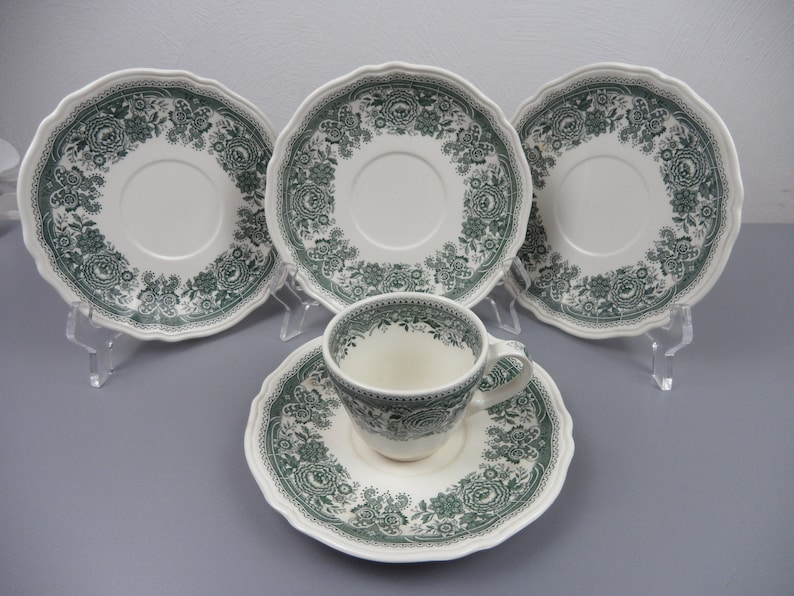 kitchen utensils cup confects BURGENLAND green plate 4 UNTERTELLER for soup cup and a KAFFEETASSE vintage V /& B tableware