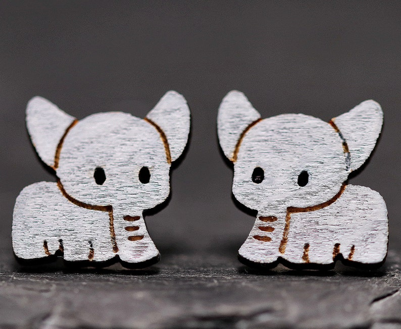 earrings children/'s jewelry hand-painted animal motifs ear jewelry Africa gift sweet ear clamps Elephant stud earrings pair of wood or ear clips
